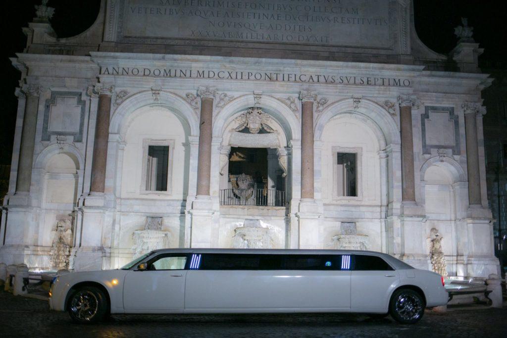 chrysler 300c stretch limo al fontanone