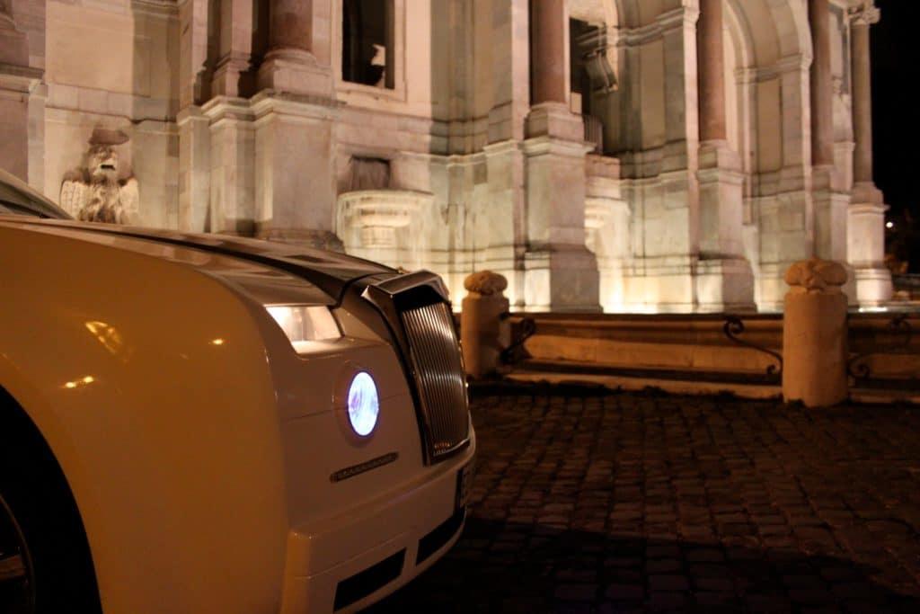 limousine al gianicolo vicino fontanone