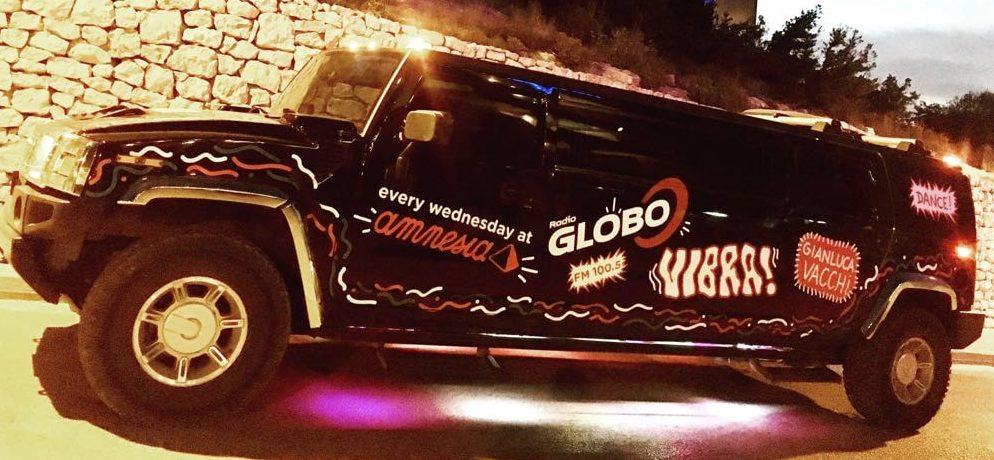 vibra in hummer limousine